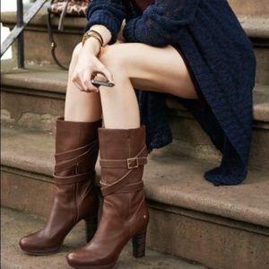 NEW Ugg Jardin Brown Leather Platform Zip Boots